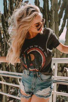 Walk Wild Side Hillcrest T-Shirt / Jeans-Shorts / Festival-Outfit abschneiden - . - shirts - Best Of Women Outfits Basic Outfits, Mode Outfits, Trendy Outfits, Fashion Outfits, Fashion Fashion, Grunge Outfits, Fashion Black, School Outfits, Street Fashion