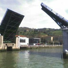 Apertura del puente de Deusto. Bilbao.