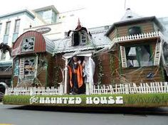 haunted house parade float ideas - Google Search