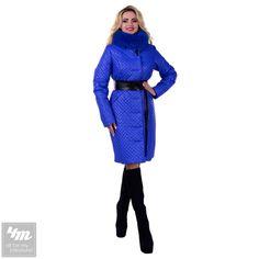 Пальто Modus «Андрия стеганое Песец Зима»   Для выбора размера и цвета перейдите в интернет-магазин: http://lnk.al/2Oxv  Самая оригинальная модель нынешнего года,создана для тех кто умеет сочетать стиль с комфортом. Пальто Андрия сделано из плащевой ткани ,благодаря чему ветер и непогода не смогут вас потревожить. Пояс из эко-кожи подчеркнет вашу тонкую талию. Быть стильной легко с пальто от производителя.