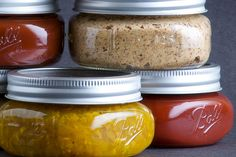 Ketchup Mustard and Relish. The holy trinity of American condiments -- ketchup mustard and relish -- each with a twist. Take that Heinz! Paprika Sauce, Mayonnaise, Sauces, Homemade Marinara, Homemade Ketchup, Homemade Gifts, Pasta, Canning Recipes, Home Recipes