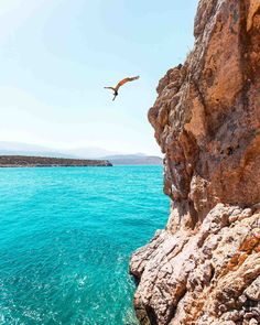 Crete Greece Would you dare jump? Romantic Honeymoon, Romantic Travel, Mykonos, Places To Travel, Places To See, Fitz Huxley, Cliff Diving, Crete Greece, Honeymoon Destinations