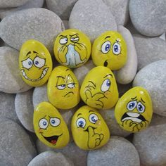 painting on pebble, yellow smileys on river pebbles Pebble Painting, Pebble Art, Stone Painting, Stone Crafts, Rock Crafts, Painting For Kids, Diy Painting, Emoji Painting, Art Rupestre