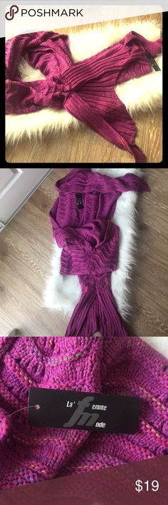 La Femme Mode Fushia Knit Mermaid Blanket NWT! So cute for winter. ❄️ 🧜‍♀️ 💜 La Femme Other