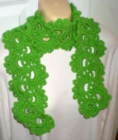 Queen Anne Lace Scarf Lime