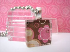 20 CRYSTAL CLEAR Textured Glass Tiles Small 7/8 inch Squares 23mm Pendant Making by theglassconnection on Etsy