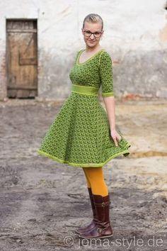 Morgen erscheint unser viertes Schnittmuster in der lillestoff-Schnittmuster Linie. Kleid ZOÉ von Rosa P. , ist ein romantisch-v...