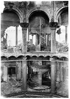Beautiful and strong spiral stair. City Hall interior, San Francisco, 1906, after the earthquake