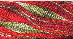 Описание вязания спицами узора, напоминающего кожу змеи, выполненного в технике гобеленового вязания