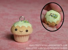 Polyclay plain muffin with icing