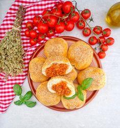 Drożdżowe bułeczki z mięsnym farszem – La grande piccola cuoca Ravioli, Grande