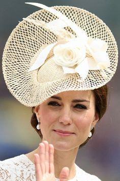 15 June 2016 - Cream Jane Taylor Una Hat