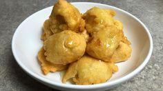 Kochvideo zum einfach nachkochen: Herrlich fruchtige Bananenstücke in einem Teigmantel frittiert. Gebackene Banane ist ein beliebter Nachtisch im Asialaden, den