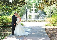 Check out the new SavannahWeddingProfessionals.com website! Savannah's premier wedding vendors - all in one spot! (And the photography - oh my!) Fabulous!