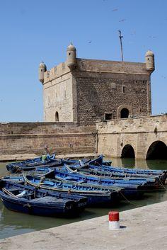 Essaouira is een prachtig stadje, aan de kust van Marokko. Een echte must-see, bijvoorbeeld in combinatie met een stedentrip Marrakech. Bekijk alle tips over een bezoek aan Essaouira.