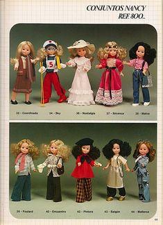 Azalea, Mickey, Retro, Saigón, Malva, Vacaciones, Disco... estos nombres que a primera vista nos pueden parecer ajenos corresponden en reali... Toddler Arts And Crafts, Diy And Crafts, Vintage Barbie, Vintage Dolls, Vestidos Nancy, Nancy Doll, Toy Catalogs, Retro, Paper Dolls
