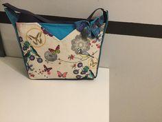 Sac Mambo en imprimé printanier et tissu bleu cousu par Stephanie - Patron Sacôtin