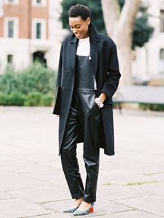Editor Donna Wallace wears leather overalls, a white t-shirt, black coat, and printed low pumps / fashion / street style / outfit inspiration Street Style, Street Look, Street Wear, I Love Fashion, Star Fashion, Fashion Top, Womens Fashion, Looks Style, My Style