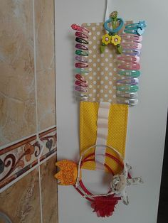 Toto mám zo SAShE.sk - Sponkovnik / vvicka » SAShE.sk - slovenský handmade dizajn Diy For Kids, Christmas Stockings, Ribbon, Bows, Couture, Holiday Decor, Flowers, Hair, Handmade