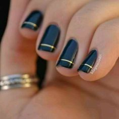 fall nails | fall nails black gold | 3CityGirlsNyc