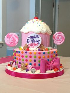 The Famous Kaylee Katy Perry Candyland Birthday Cake by the World-Renowed Bakery in Cleveland Ohio the White Flower Cake Shoppe Candy Theme Birthday Party, 4th Birthday Cakes, Candy Party, Turtle Birthday, Turtle Party, Carnival Birthday, Birthday Ideas, Birthday Parties, Torta Candy