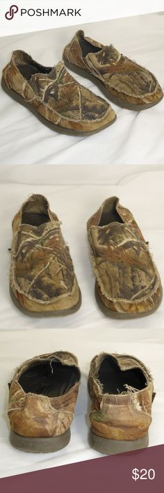Crocs Camo Loafers Size 10 #055 Crocs camo loafers, men's size 10.  These are pre-owned shoes in very good condition.  No holes, rips or tears in the uppers and the soles have plenty of life left in them. crocs Shoes Loafers & Slip-Ons