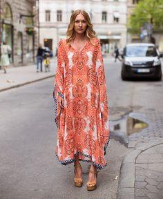 Trend Alert!!! Kaftan (ou vestido bata, se preferir) por Juliana Ali | Juliana e a moda - http://modatrade.com.br/trend-alert-kaftan-ou-vestido-bata-se-preferir