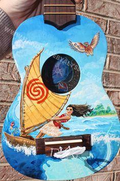 Ukulele Drawing, Ukulele Art, Cool Ukulele, Guitar Art, Ukelele Painted, Painted Guitars, Guitar Decorations, Ukulele Design, Ukulele Songs
