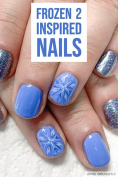 Frozen 2 Nail Art inspired by Queen Elsa's costumer from the new movie with her snow flake Frozen Nail Designs, Winter Nail Designs, Nail Art Designs, Frozen Nail Art, Disney Frozen Nails, Funky Nail Art, Easy Nail Art, Sponge Nail Art, Minion Nails