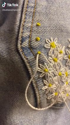 Hand Embroidery Videos, Embroidery Stitches Tutorial, Embroidery On Clothes, Flower Embroidery Designs, Creative Embroidery, Simple Embroidery, Hand Embroidery Stitches, Embroidery Patterns, Machine Embroidery