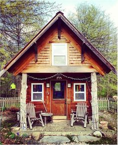 a small get away cabin deep in the woods