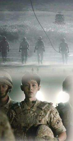 Song Joong-ki descendants of the sun Song Joong Ki Photoshoot, Desendents Of The Sun, Descendants Of The Sun Wallpaper, Song Joon Ki, Sun Song, Best Kdrama, Songsong Couple, Kim Ji Won, Hallyu Star