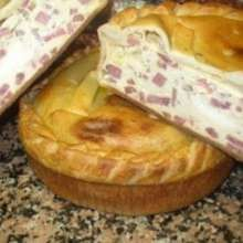 "EASTER (PASQUA): ""Pizza rustica napoletana"" — A pastry covering a filling of cheeses and salumi.   Pizza Chiena also called Pizza Rustica Napoletana and Pizza Salata."