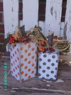 MAKING THESE!!!  Polka-dot wooden pumpkins <3 Love the polka-dots!