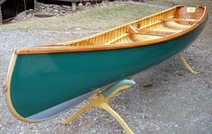 Wood and canvas canoe construction Wooden Boat Building, Wooden Boat Plans, Wooden Boats, Camping Trailer Diy, Canoe Plans, Wood Canoe, Ile Saint Louis, Boat Engine, Build Your Own Boat