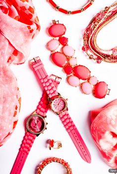 http://www.charmingcharlie.com/  So much coral, so little time. How will you style it? #CCStyle