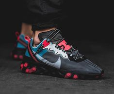 The Nike React Element 87 October 2018 Release Collection Drops Tomorrow 👟 Best Sneakers, Sneakers Fashion, Shoes Sneakers, New Nike Shoes, Nike Air Shoes, Sneaker Store, Casual Shoes, Athletic Shoes, Shoe Boots