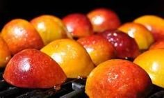 3 ideas for grilled peaches for dessert