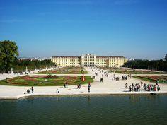 Schönbrunn, Wien, Vienna, Austria, Österreich by Reham Alhelsi, via Flickr