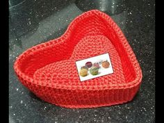 Corbeille crochet - YouTube Crochet Video, Crochet Bikini, Baby Shoes, Creations, Valentines, Crochet Baskets, Diy, Couture, Channel