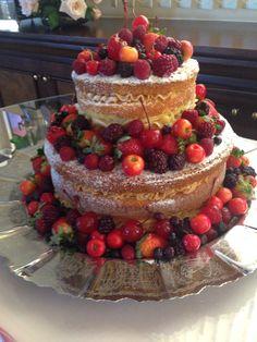Naked Cake Frutas Vermelhas!