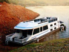 #houseboat http://yachtsailor.blogspot.com