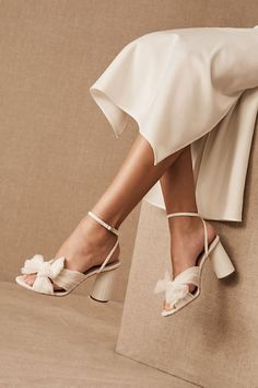 Complete your wedding day look with a pair of classic bridal shoes. BHLDN offers wedding heels that are as beautiful as they are comfortable, no matter your venue. Shop wedding shoes for the bride now! Unique Wedding Shoes, Silver Wedding Shoes, Wedding Shoes Bride, Bride Shoes, Ivory Wedding, Casual Wedding, Wedding Garters, Wedding Rings, Vintage Wedding Shoes