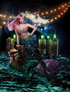 Katy Perry's mermaid costume, via HuffPost Style http://huff.to/xJiIWJ