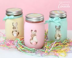Is there anything the mason jar can't do? I'm loving these pretty Easter bunny mason jars.