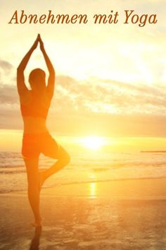 Abnehmen mit Yoga: Geht das? - #Abnehmen #das #geht #Mit #Yoga Yoga Am Morgen, Move Your Body, Online Yoga, Yoga Fitness, Smoothies, Workout, Sport, Blog, Head Stand