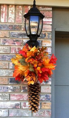 Fall Garland, Fall Wreaths, Autumn Decorating, Porch Decorating, Decorating Ideas, Pine Cone Decorations, Garland Decoration, Harvest Decorations, Outdoor Decorations