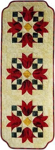 Tulip Bells Table Runner Pattern - Southwind Designs - - (I ♥ this technique! Table Runner And Placemats, Table Runner Pattern, Quilted Table Runners, Bed Runner, Drunkards Path Quilt, Quilted Table Toppers, Barn Quilts, Small Quilts, Quilt Making