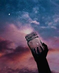 Uploaded by Deise Rangel. Find images and videos about sky, wallpaper and stars on We Heart It - the app to get lost in what you love. Galaxy Wallpaper, Wallpaper Backgrounds, Amazing Backgrounds, Nature Wallpaper, Jolie Photo, Pretty Wallpapers, Oeuvre D'art, Pretty Pictures, Aesthetic Wallpapers