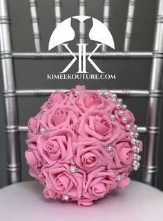 first birthday photo girl Flower Ball Centerpiece, Crown Centerpiece, Red Centerpieces, Mickey Centerpiece, Flower Girl Bouquet, Pink Bouquet, Bridesmaid Bouquet, Bridesmaids, Sangria Wedding